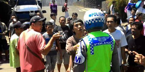 Aborsi Online Semarang Ratusan Sopir Angkot Manado Mogok Karena Kerap Dipalak Polisi Merdeka Com