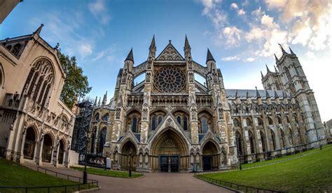 10 Amazing Gothic Style Churches Worldatlascom