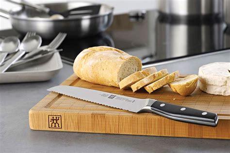 zwilling ja henckels bamboo cutting board  groove