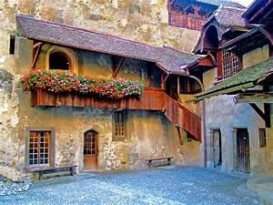 Chateau, De, Chillon
