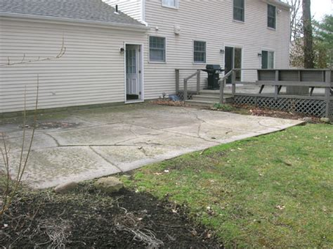 need ideas for my cracked concrete patio