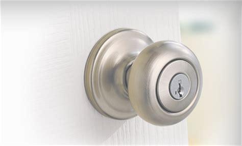 door knobs interior exterior door handles locks kwikset