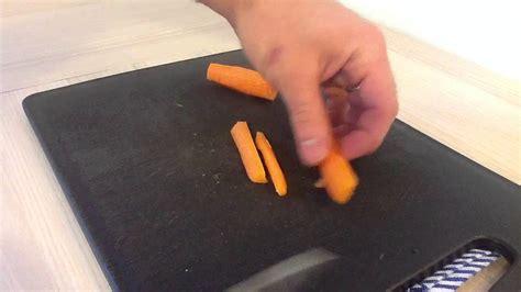 comment cuisiner les carottes faire une mirepoix de carottes cuisiner des carottes