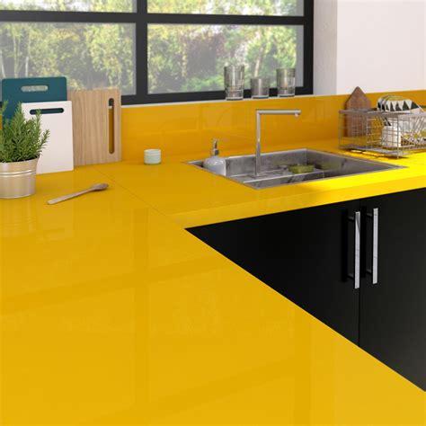 peinture pour carrelage plan de travail cuisine plan de travail stratifié jaune serin brillant l 300 x p