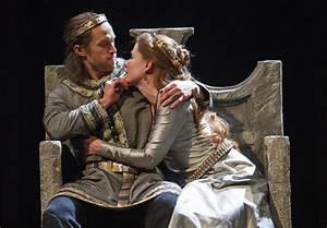Cinematic versi... Macbeth