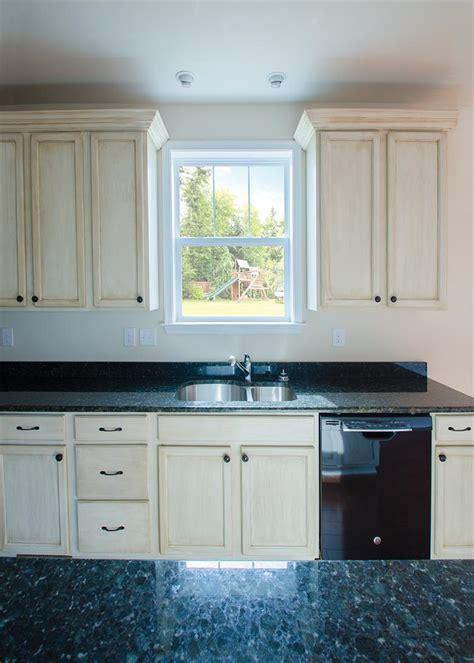 mi hp single hung window  kitchen