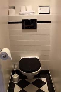 Photo wc et sanitaire et retro deco photo decofr for Quelle couleur pour les wc 1 photo wc et sanitaire et vintage deco photo deco fr