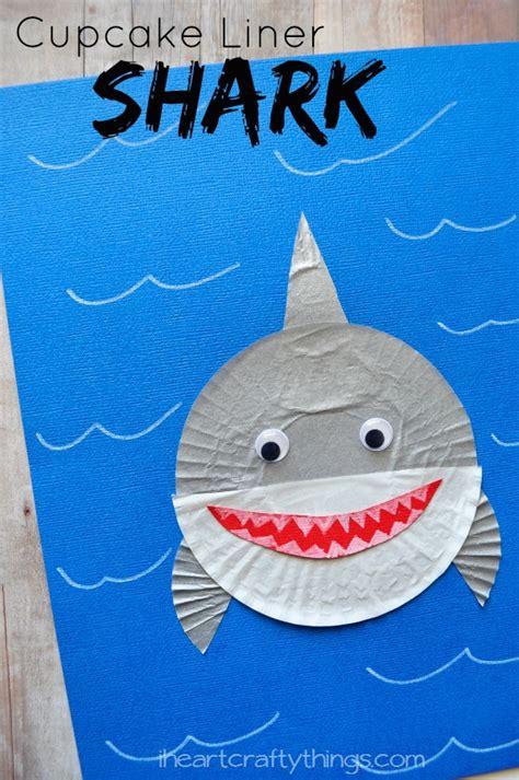 cupcake liner shark craft i crafty things 850 | Cupcake Liner Shark Pin