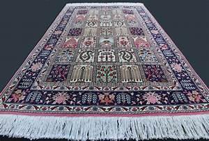 splendide tapis persan d39iran tabriz 60 raj laine et With tapis persan avec canapé castelbajac vente privée