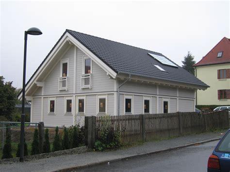 Einfamilienhaus Fassadengestaltung Beispiele by Fassadengestaltung Einfamilienhaus Bilder