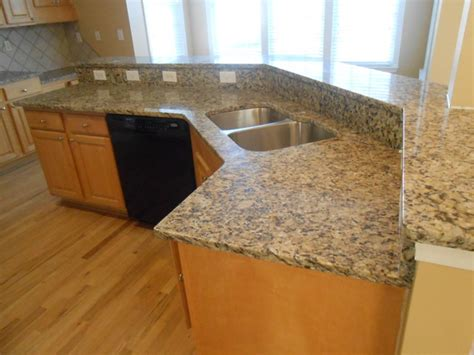 Granite Colors For Light Wood Cabinets 1 13 12