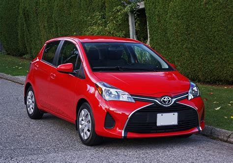 toyota yaris hatchback le road test review