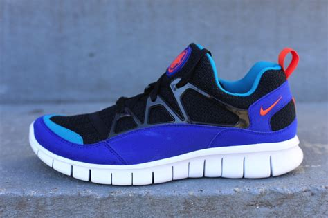 Nike Free Huarache Light by Nike Free Huarache Light Ultramarine Sole Collector