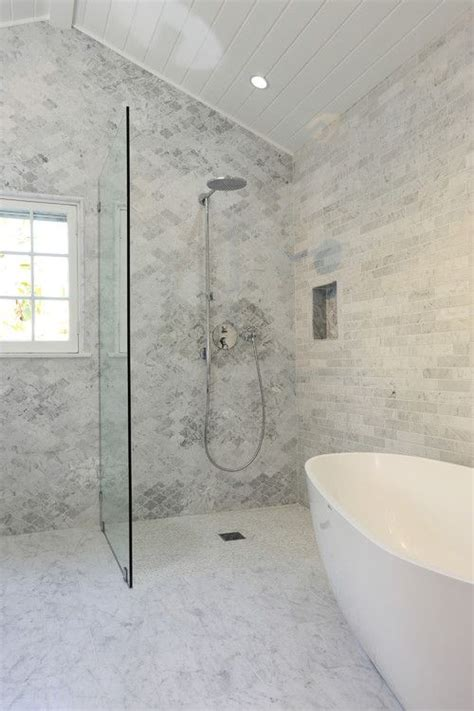 perfect bathroom    square feet home style