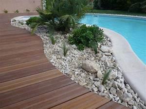 Quelle plante autour d une piscine cobtsacom for Quelle plante autour d une piscine