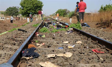 Vilciens Indijā nobraucis 16 uz sliedēm gulošus cilvēkus - Ārvalstīs - Ziņas - Apollo.lv