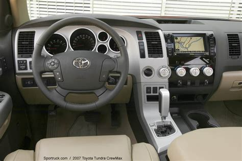 toyota tundra crewmax pictures  information