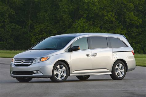 5 Reasons Why the Honda Odyssey is Actually Cooler Than ...