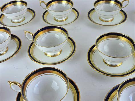 Set Of 12 Aynsley Tea Cups And Saucers In 'cobalt Royale' Pattern  Bernardis Antiques