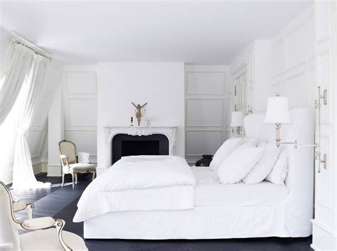 white bedroom interior design ideas pictures