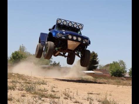 prerunner ranger jump huge ranger prerunner jump and rocket bunny canyon cruise