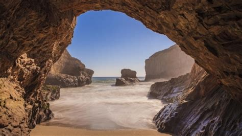 beautiful cave on a beach - Beaches & Nature Background ...