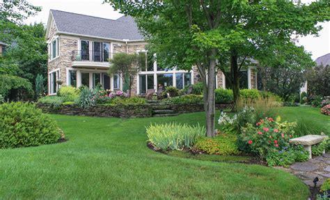 Backyard Tours backyard garden tour green thumb