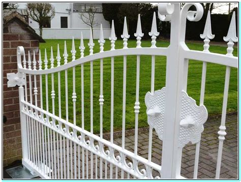 iron fence cost top 28 iron fencing cost blackbear fence explains the benefits of aluminum fencing