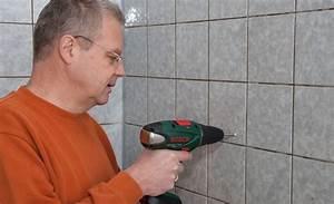 Löcher In Fliesen Reparieren : keramikbohrer von bosch ~ Watch28wear.com Haus und Dekorationen