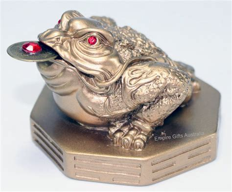 feng shui gifts for home 1 x frog on bagua gold feng shui fortune empire gifts