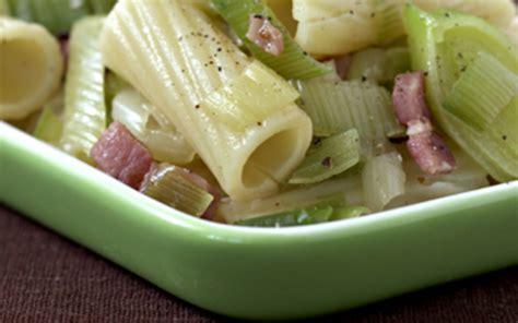 recette salade de p 226 tes poireau et lardons pas ch 232 re et simple gt cuisine 201 tudiant