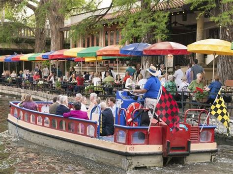 San Antonio Riverwalk Boat Ride Timings by Family Holidays 2017 2018 Holidays In