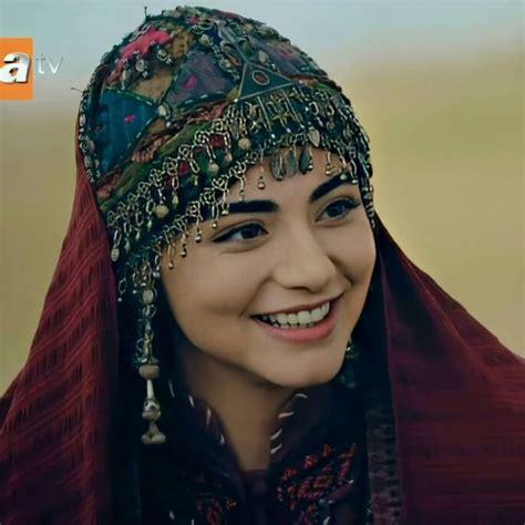 Rabia bala hatun is the wife of osman i, who was the founder of the ottoman empire. BALA HATUN panosundaki Pin