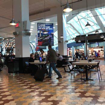 laguardia airport terminal     reviews