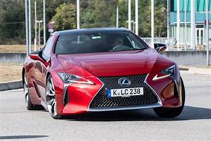 Lc Autos : new lexus lc 500 2017 review auto express ~ Gottalentnigeria.com Avis de Voitures
