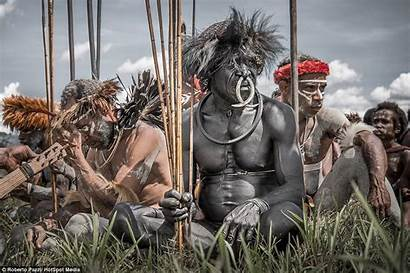 Tribe Indonesian Untouched Modern Spears Guinea Sacrifice