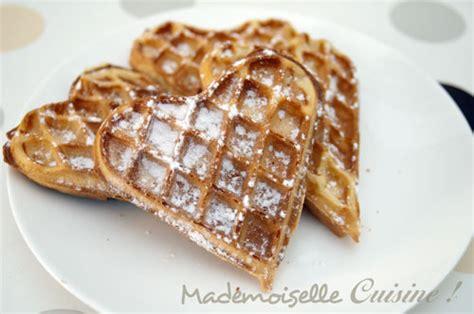 forme cuisine gaufres en forme de coeur mademoiselle cuisine
