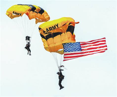 Air Show delights all - Fairborn Daily Herald