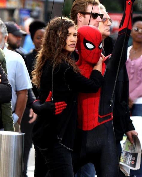 homem aranha longe de casa fotos mostram novo uniforme