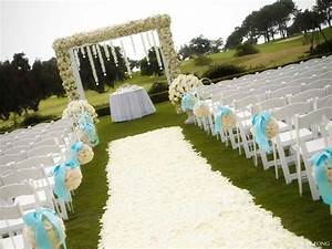 Very small wedding ceremony ideas wedding and bridal for Small wedding ceremony ideas