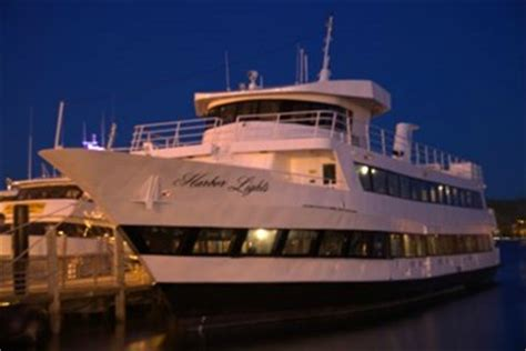 Rent A Boat For Birthday Party Nyc by The Summer Splash Off 5 After Work Yacht Party The