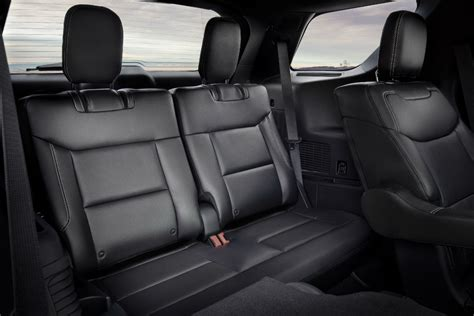 ford explorer   class interior space features