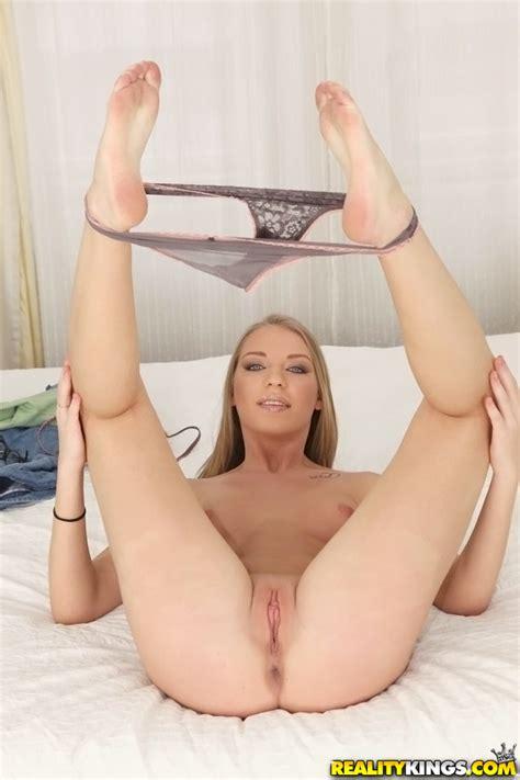 Classy Blonde Likes Anal Sex MILF Fox