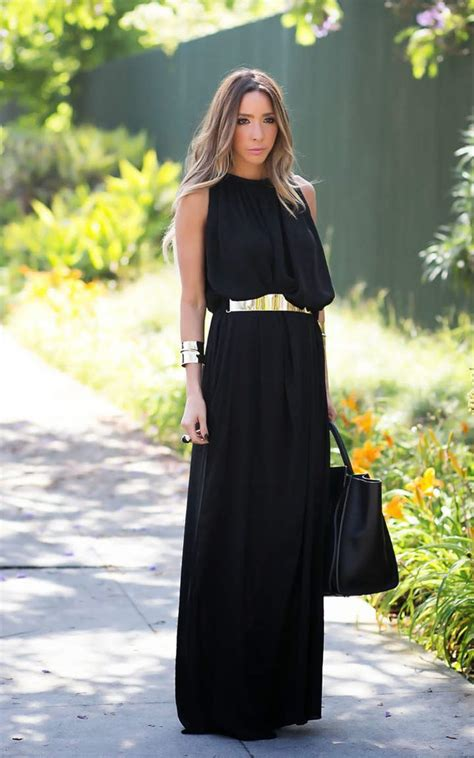 Black maxi dress outfits to wear this summer