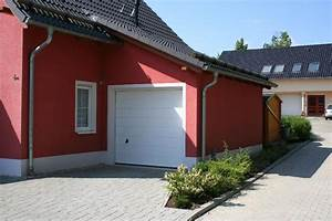 Einfamilienhaus Mit Garage : klassisches einfamilienhaus mit angebauter garage eab ~ Lizthompson.info Haus und Dekorationen