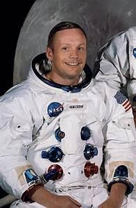 Neil Armstrong Apollo 11 Memorabilia: The Top 10 Most ...