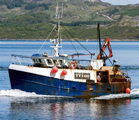Fishing Boat Accident In Tarbert by Grieving Scots Hold Candlelit Vigil For Fishermen Feared