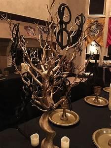 Harry Potter Decoration : harry potter centerpieces with glasses harry potter ~ Dode.kayakingforconservation.com Idées de Décoration