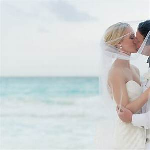 Christina and jose39s wedding in at the hard rock hotel cancun for Wedding photographer under 500