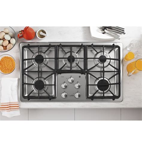 ge profile gas cooktop ge profile series 36 quot built in gas cooktop pgp966setss